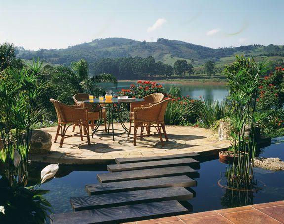 Navegue por fotos de Jardins rústicos: Mirante da fazenda. Veja fotos com as melhores ideias e inspirações para criar uma casa perfeita.