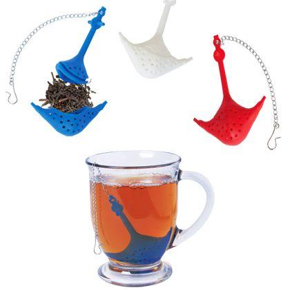 http://teatra.de playful: Amusing anchor tea strainers.: Teas Infused, Sea Anchors, Anchors Infused Difference, Amusement Anchors, Teas Time, Anchors Teas, Cute Idea, Anchors Shapes, Sea Teas