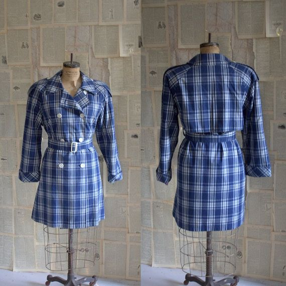 1970s Blue White Plaid London Fog Trench Coat $68.00