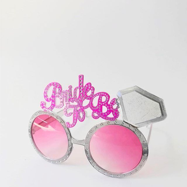 Our #bridetobe sunglasses have #spunk 😎 ➡ https://queenofhens.co.nz/products/bride-to-be-sunglasses