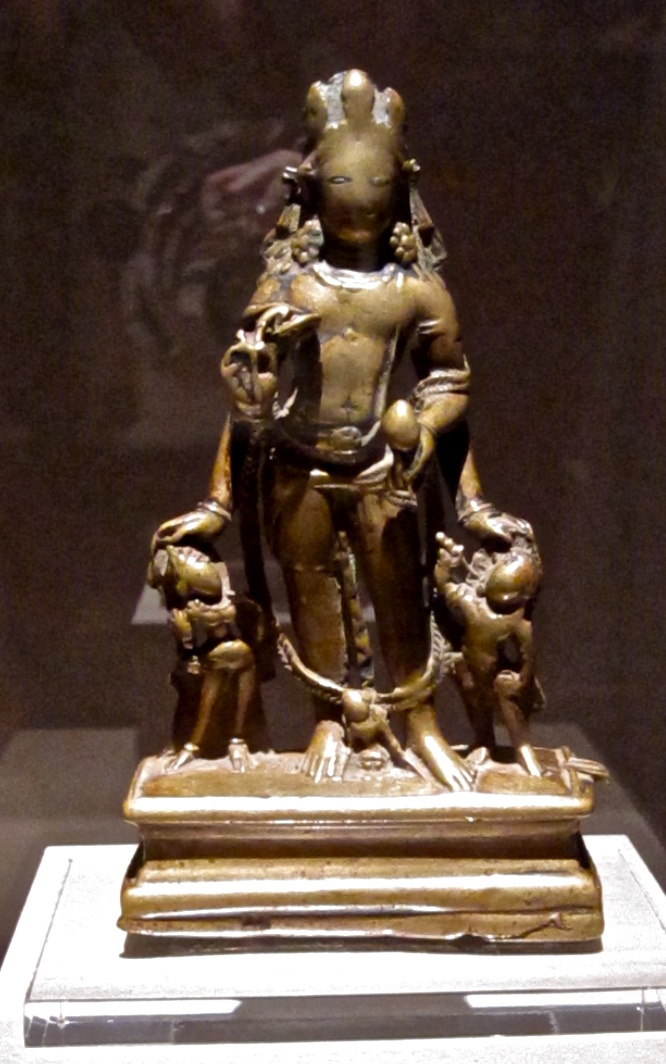 art analysis vishnu and attendants Lord vishnu with four arms  since it is in the open, arab, attendants,  joanne farchakh bajjaly is an archaeologist and the middle east correspondent for the.
