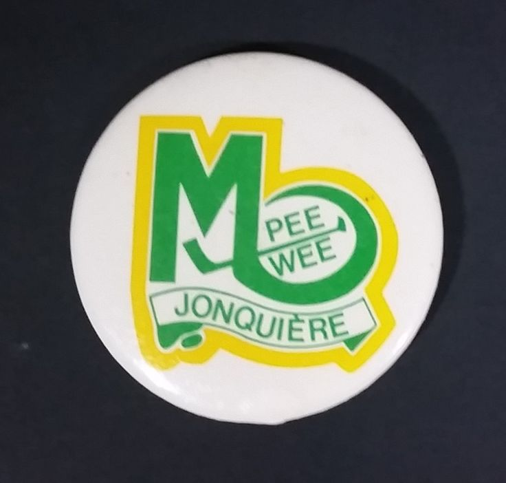 1980s Jonquiere Quebec Canada Pee Wee Hockey Green and Yellow Round Button Pin https://treasurevalleyantiques.com/products/1980s-jonquiere-quebec-canada-pee-wee-hockey-green-and-yellow-round-button-pin #Vintage #VintagePins #VintageCollectibles #Jonquiere #Quebec #French #Canadian #Canada #Sports #Sports #Collectibles #Hockey #IceHockey #PeeWee #Pins #SportsTeams #VisitUsToday