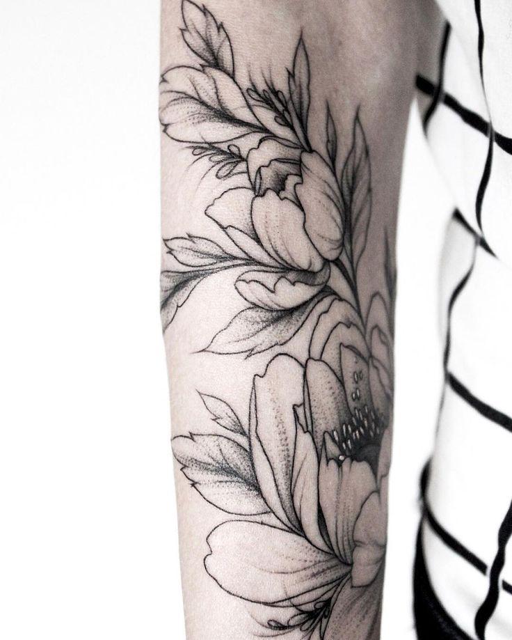 #тату #татуцветы #татуировка  #tattoo #tatrussia #tattoo2me #tattooart #tattoopins  #tattoogirls #tattooartist #tattoomoscow #tattooinrussia  #graphictattoo #girlswithtattoos #wowtattoo #womantattoo #peonytattoo #birdtattoo #ink #flowers #flowertattoo #tattsketches  #tattoodesign #russiantattooers #blacktattoo #blxckink #moscowtattoo #Equilattera
