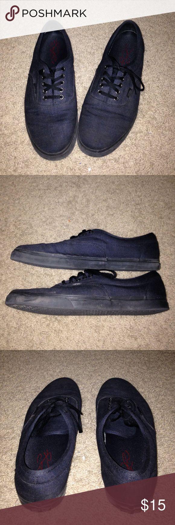 Skate shoes difference - Vans Skate Shoe Size 11 Vans Skate Shoe Slightly Worn Soles Have Some Wear