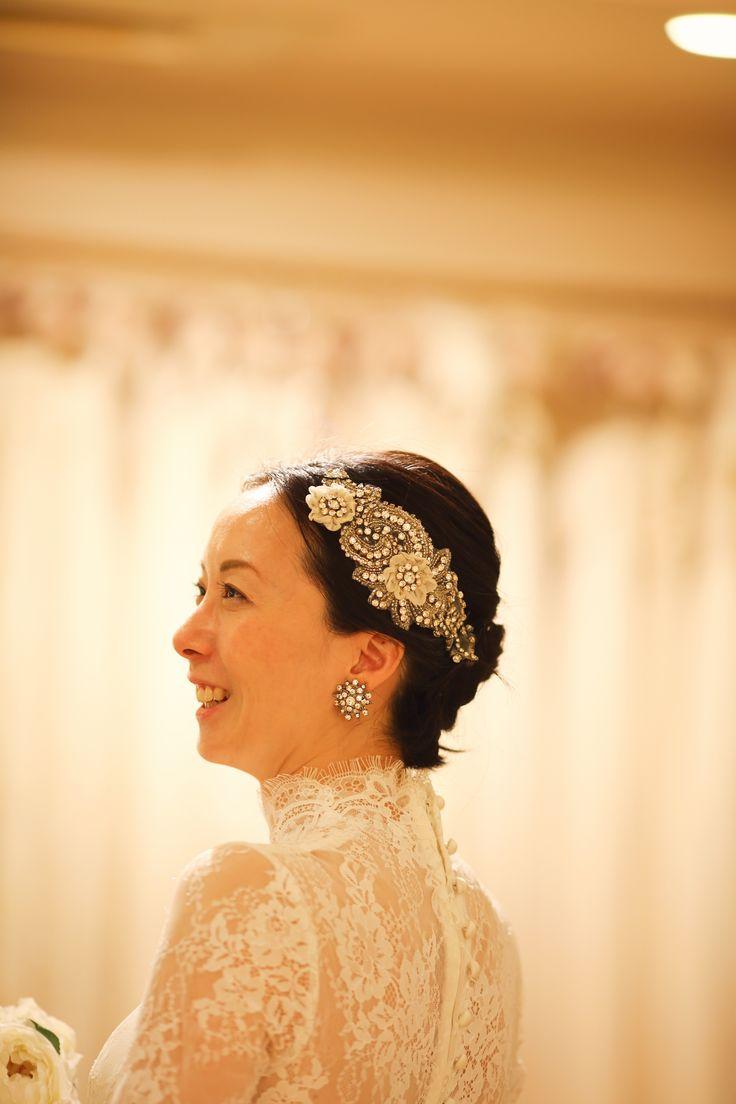 旧細川侯爵邸にて挙式 フランスレースのロングスリーブのクラシカルで清楚なウェディングドレス