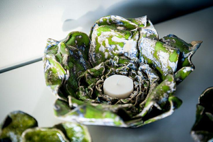 Big ceramic flower. kwiat limonkowy jako świecznik posłużyć może w deseo na DaWanda.com