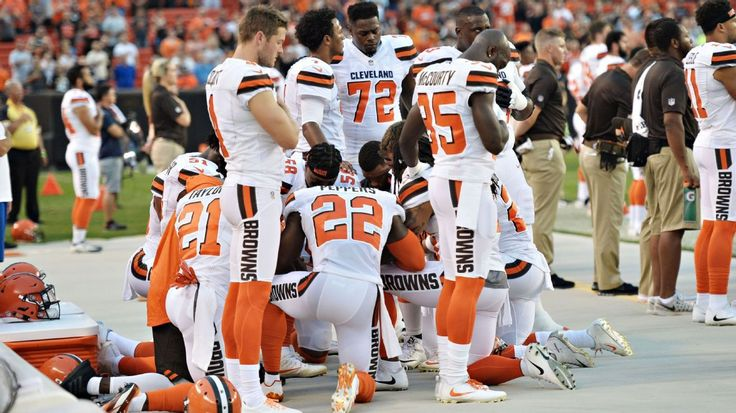What Browns players said about kneeling, praying during national anthem #FansnStars