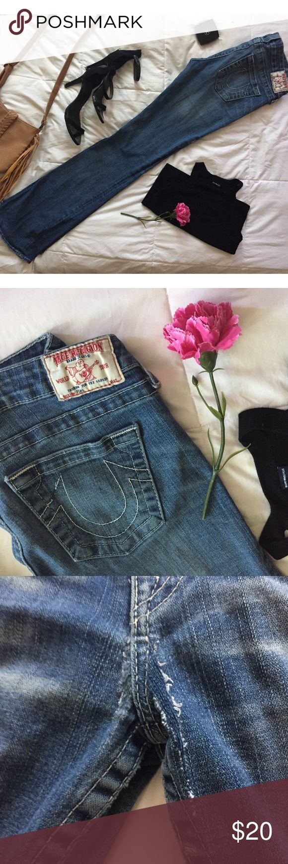 True Religion Bootcut Jeans sz. 29 Needs patch in crotch as picture shows. Good condition other than that. This repair cost about $10 at a local dry cleaner or seamstress and so is taken off the price as a discount :) True Religion Jeans Boot Cut