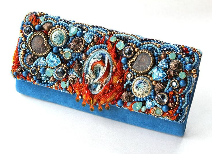 """Beaded Objects And Accessories   FIRST PLACE    """"The Abyss Handbag""""   Anastasia Kulakova"""