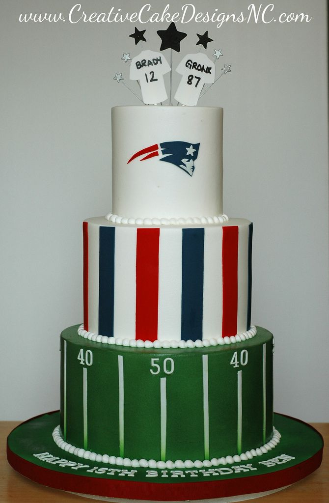 Buttercream Patriots Cake | by Christina's Dessertery Buttercream Patriots Cake | by Christina's Dessertery