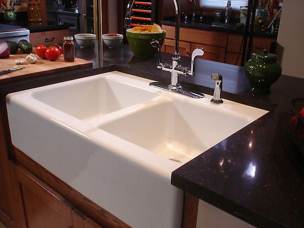 Kitchen With Apron Sink : How to Install an Apron-Front Sink