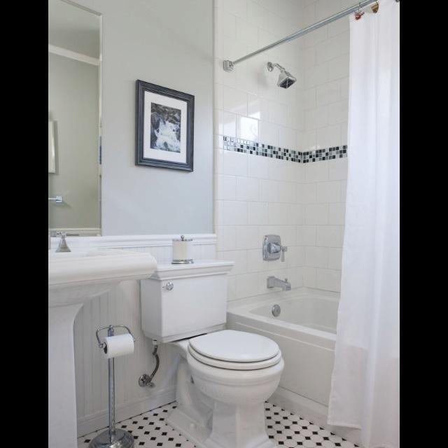 Small Elegant Bathroom Pictures: Elegant Small Bathroom