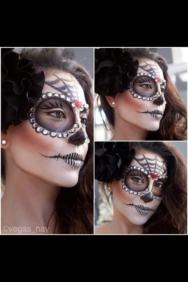 Super cool Halloween makeup