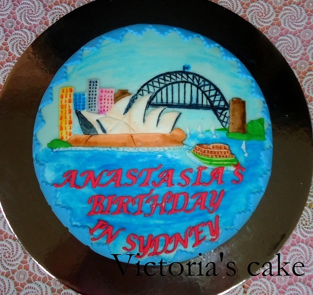 Sydney Opera House Cake by Flickr user Victoria's_cakes
