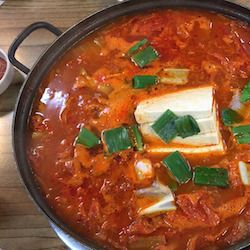 An easy fish stew using basa fish in a spicy tomato sauce - very tasty but simple to make and very adaptable to other white fish.