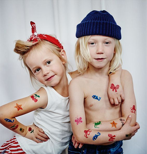 Barntatueringar från ejvor.se Tattoos for kids! Styling: Ejvor Photo: Sara Landstedt @dayfotografi #tattos #kids #coolkids #ejvor
