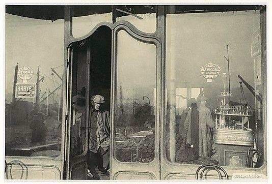 henri cartier-bresson:  Le Vieux Port, Marseilles 1932
