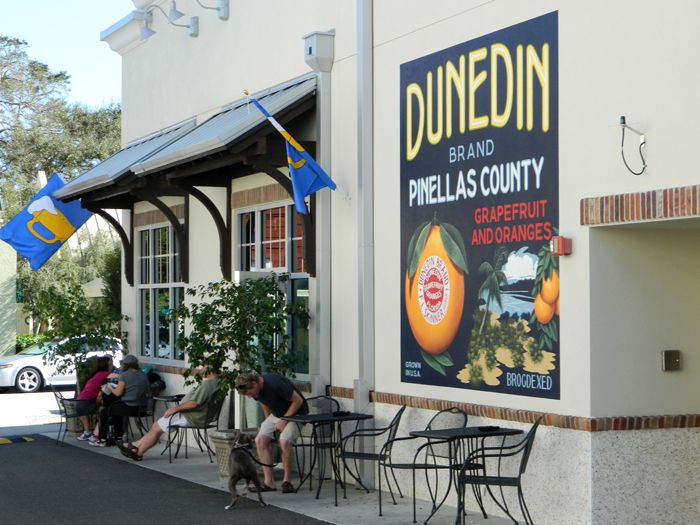 Sidewalk cafes are easy to find in Downtown Dunedin.