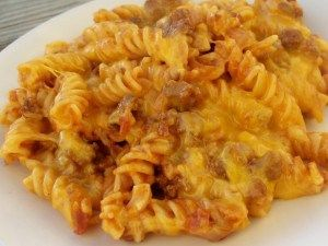 Ingredients  8 ounces uncooked tube pasta or 8 ounces spiral shaped pasta 1 lb ground beef 6 slices bacon, diced