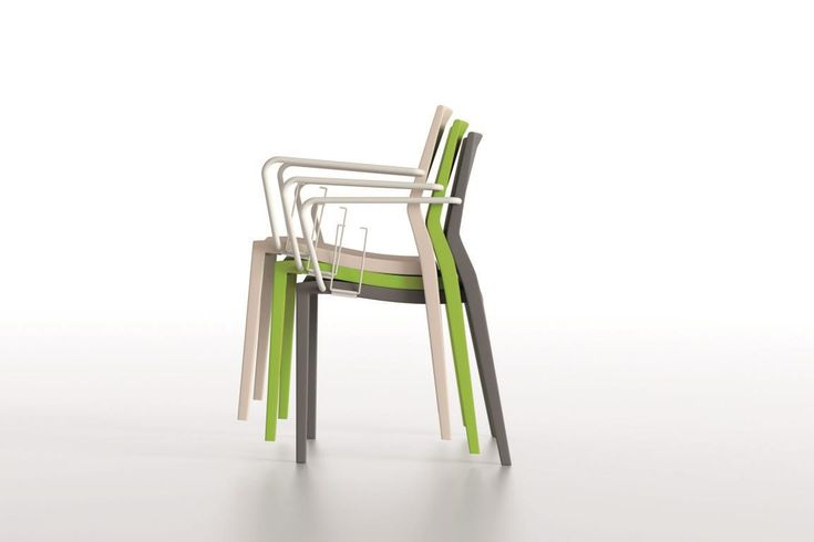 Hoth Chair sedie impilabili | IBEBI Design #ibebi #newcatalogue #innovation #design #chairs #modernchairs