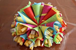 Cake frietjes trakteren! - Gerepind door www.gezinspiratie.nl #traktatie #inspiratie #kinderen #creatief