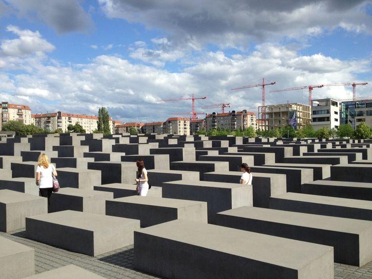 Denkmal für die ermordeten Juden Europas | Memorial to the Murdered Jews of Europe in Berlin, Germany