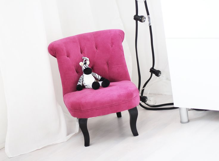 www.therez.se - For our little #babygirl #pink #black #white #zebra #home #interior #babyroom