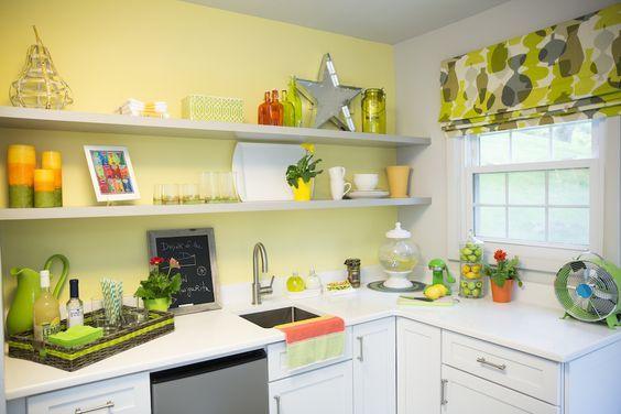 Zodiaq® Cloud White from Chandra and Tom's Summer Kitchen | Property Brothers: Buying & Selling