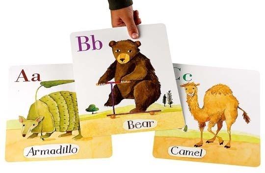 20 alphabet flashcard styles + 10 ideas of how to hang. i {heart} flashcards!: Animal Flashcards, Alphabet Flashcards, Alphabet Flash Card, Animal Card, Alphabet Card, Abc Animal, Abc Flashcards, 2012 Flashcards02 Rect540, 20 Alphabet