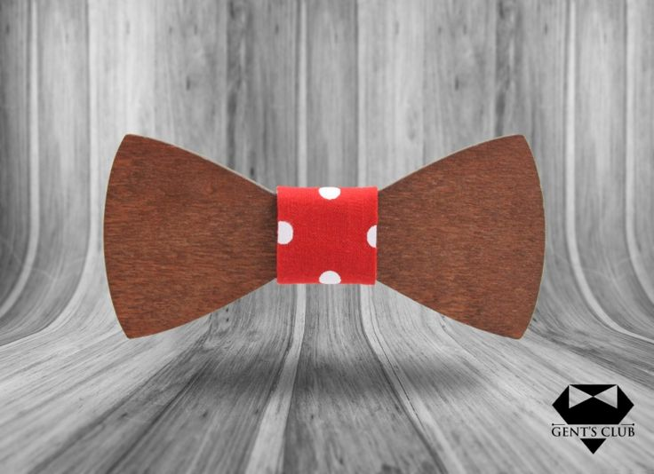 Accessories for gentlemen. Gent's Club brand Wood bowtie - papion lemn www.gents-club.ro