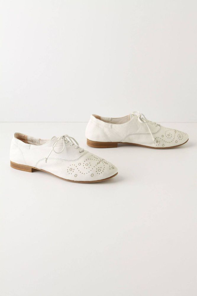 Anthropologie Eyelet Oxfords Size 40, White Leather Lace-Up Flats By Cento Italy #Cento #Oxfords #WeartoWork
