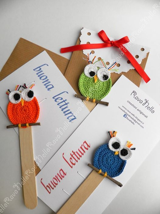For who loves read and who likes only to see the pictures :)  #crochet #bookmark