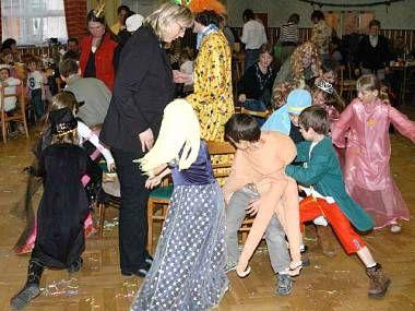 Český svaž žen Milavče pořádá každoročně dětský maškarní karneval