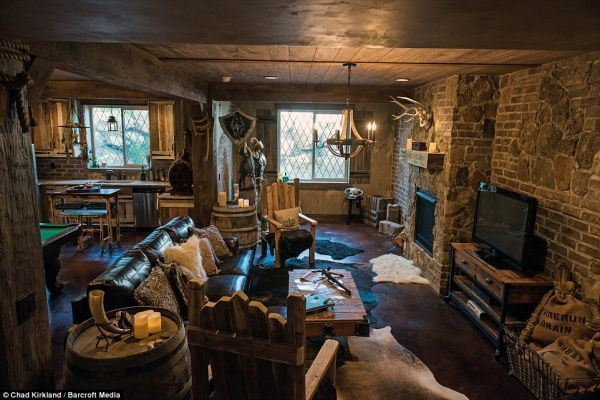 104 best images about man cave on pinterest small log for Fishing man cave