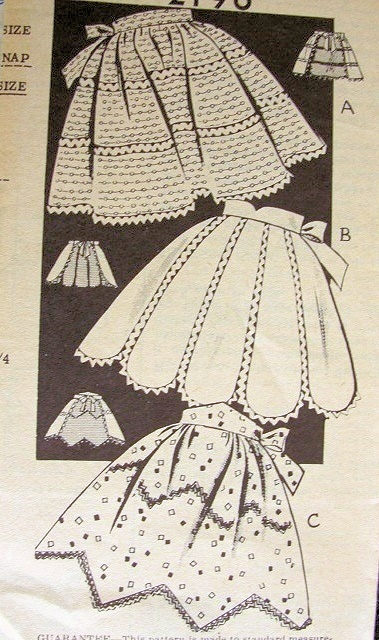 1950s HALF APRONS PATTERN- I know I'm over ambitious, but how cute would it be to include a vintage half apron for all the girls?!