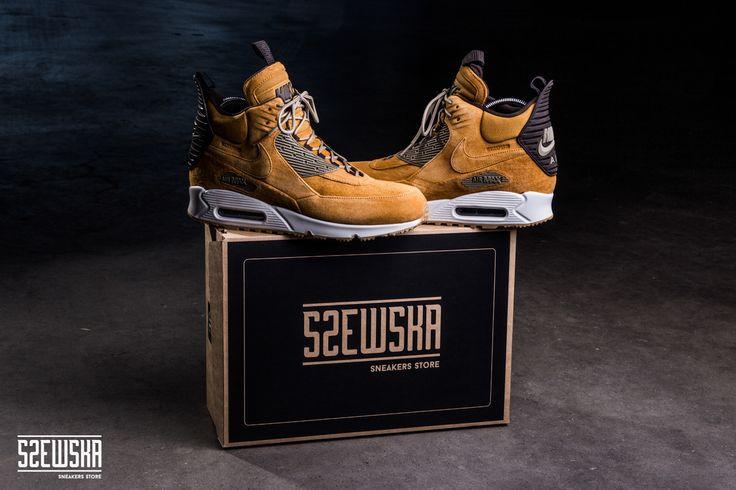 Nike Air Max 90 Sneakerboot | 684714-700 | http://goo.gl/5wbyz6