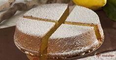 Scopri la ricetta: torta caprese al limone. Ingredienti: Olio extravergine di oliva, Zucchero a velo semplice, Zucchero semolato, Fecola di patate, Uova intere, Farina di mandorle, Cioccolato bianco, Limoni canditi, Vaniglia Bourbon, Limone, Lievito in polvere per dolci.