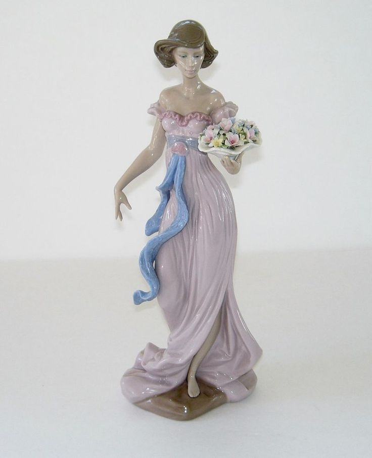 Lladro Retired Tall Figurine 6365 Spring Flirtation Lady