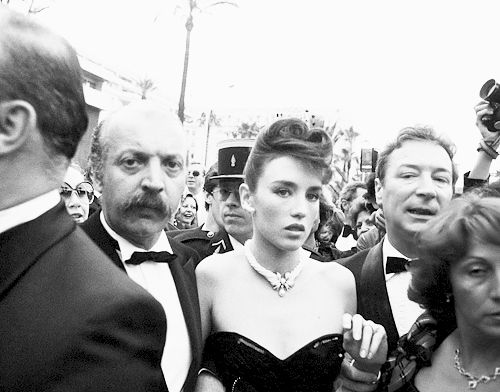 "mabellonghetti: "" Photographers deliberately ignore French actress Isabelle Adjani at the 1983 Cannes Film Festival, as she climbed the red carpeted steps of the festival hall, to protest her refusal to submit to their photo calls. """