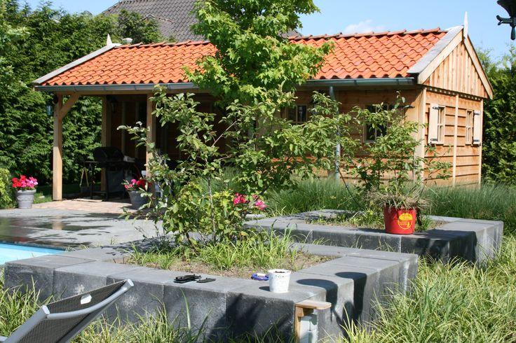 authentieke eikenhouten poolhouse  Ambachtelijk maatwerk Authentieke uitstraling Tijdloze schoonheid Duurzaam en ecologisch gebouwd.  www.vechtdalbouwsystemen.nl