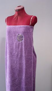 17 best ideas about sortie de bain femme on pinterest robe par o peignoir de bain femme and. Black Bedroom Furniture Sets. Home Design Ideas