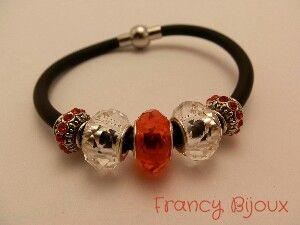 Red bracelet_ love