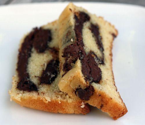Ciambellone alla Nutella LEGGI LA RICETTA ► http://www.dolciricette.org/2012/09/ciambellone-alla-nutella-ricetta.html
