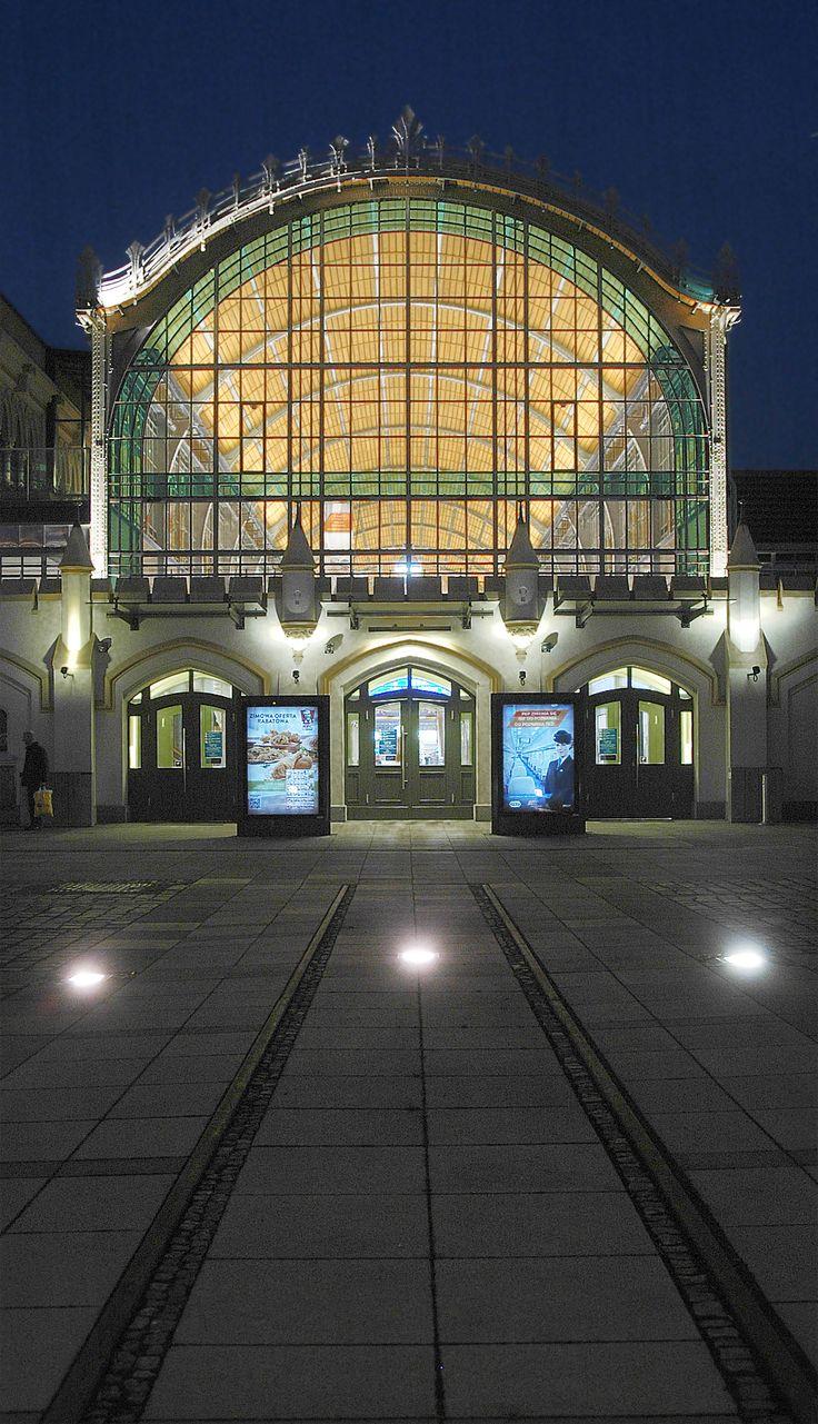 Railway station - Wroclaw, Dolnoslaskie