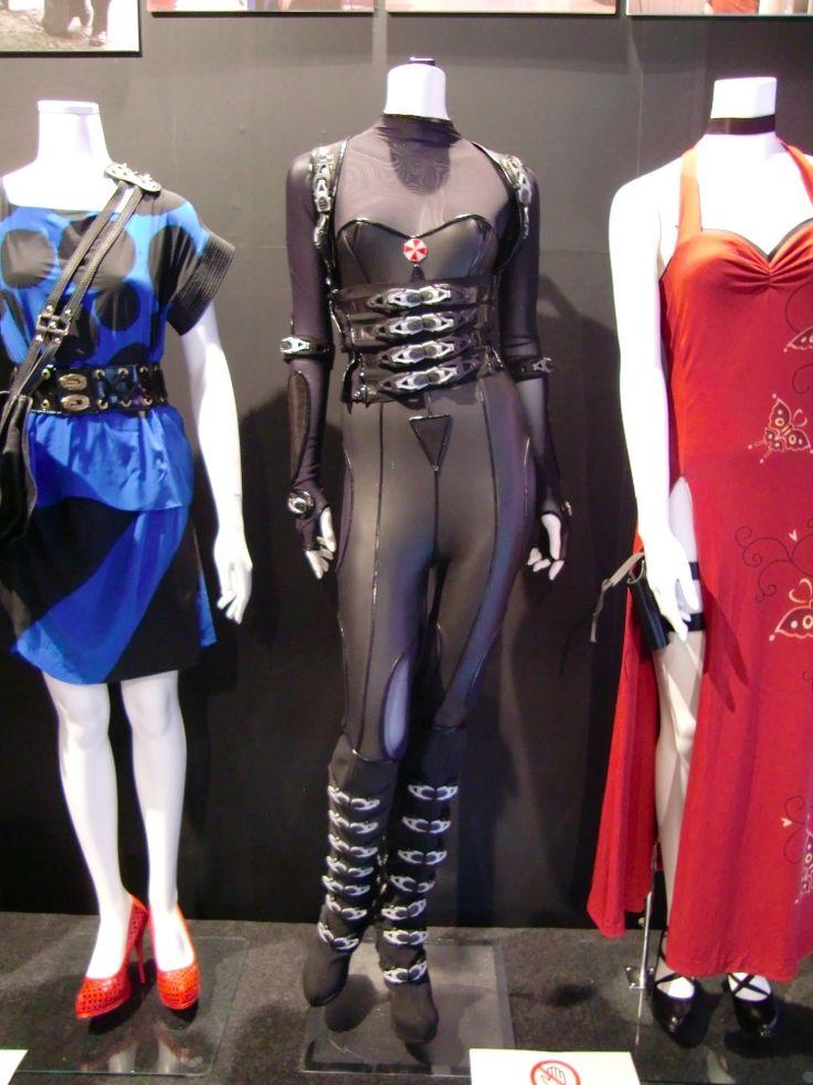 Resident Evil Retribution costume | Resident Evil: Retribution - Alice