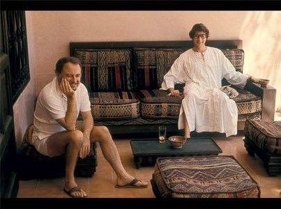 Yves Saint Laurent und Pierre Berge in ihrem Haus in Marrakesch
