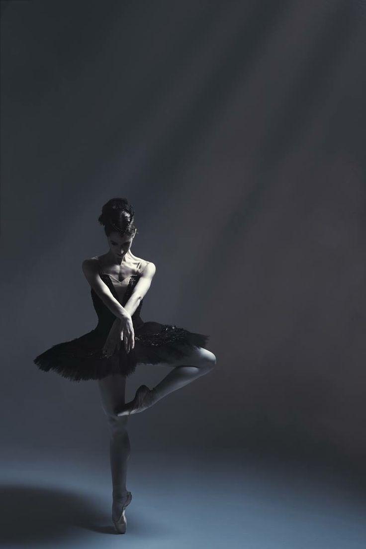 Ballet Dancer | Ballet & Dancers | Dance, Dance ...