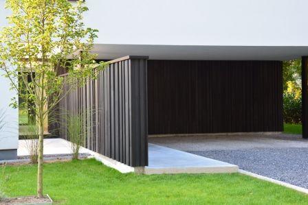 Tuinmuur in woodface ontwerp christophe baetens houten gevelbekelding stuyts realisatie - Bungalow ontwerp hout ...
