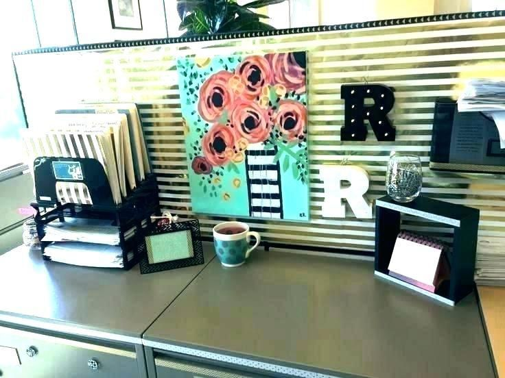 Office Decor Ideas For Work Room Work Cubicle Decorating Ideas