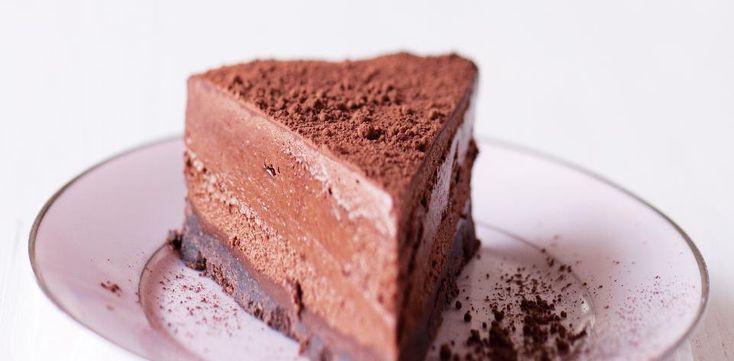 Trojitý dort z čokoládové pěny